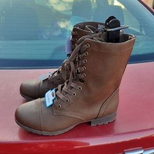 Time and tru womens brown lace up boots sz 8 1/2